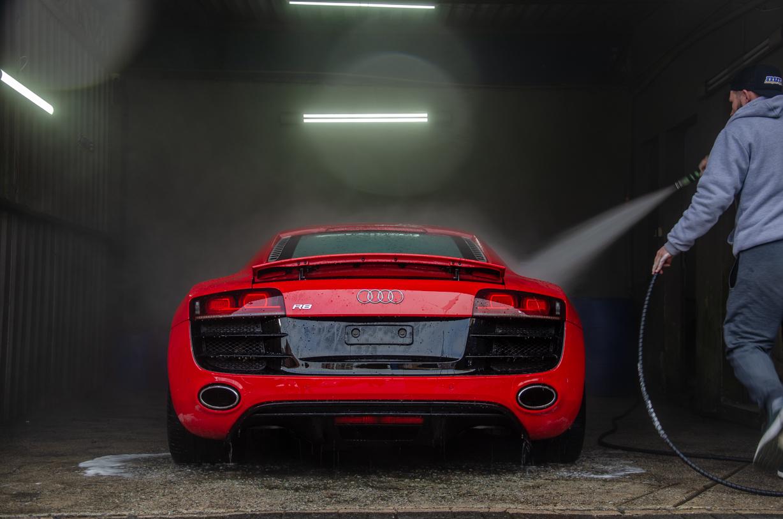 https://www.mmalavagensespeciais.com.br/wp-content/uploads/2020/05/Audi-R8-53.jpg