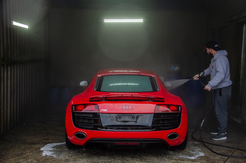 https://www.mmalavagensespeciais.com.br/wp-content/uploads/2020/05/Audi-R8-54.jpg